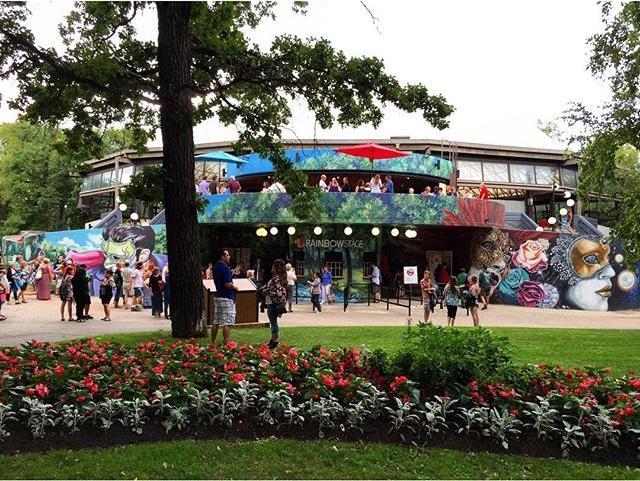 Opening night of #Shrek The Musical at @rainbowstage. 🌈🎭🎟 #rbstage #winnipeg #kildonanpark #shrekthemusical